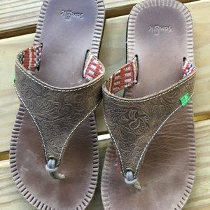 Sanuk Mosey Up Brown Tooled Leather Sandal 7